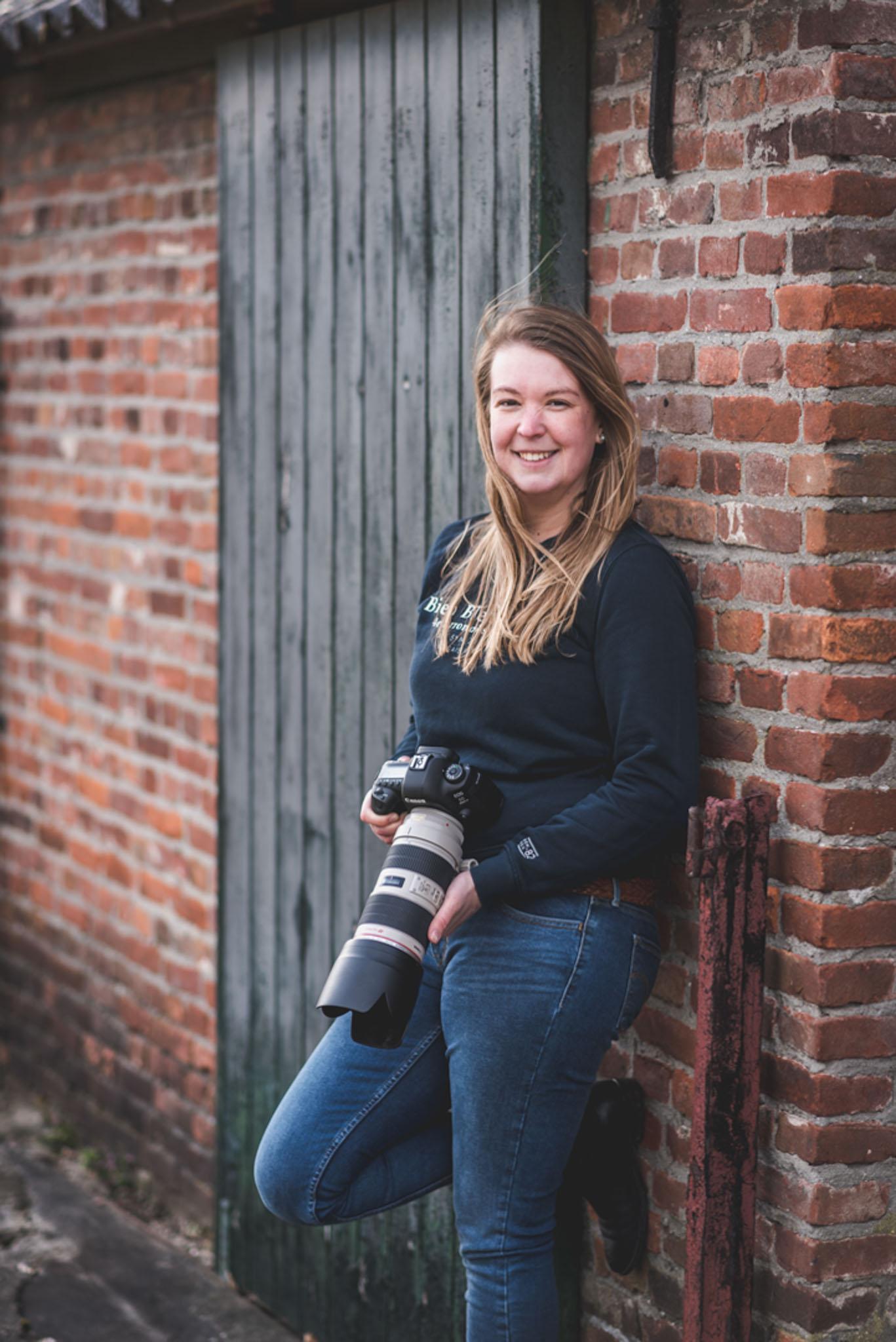 fotograaf Sorcha tijmons met camera